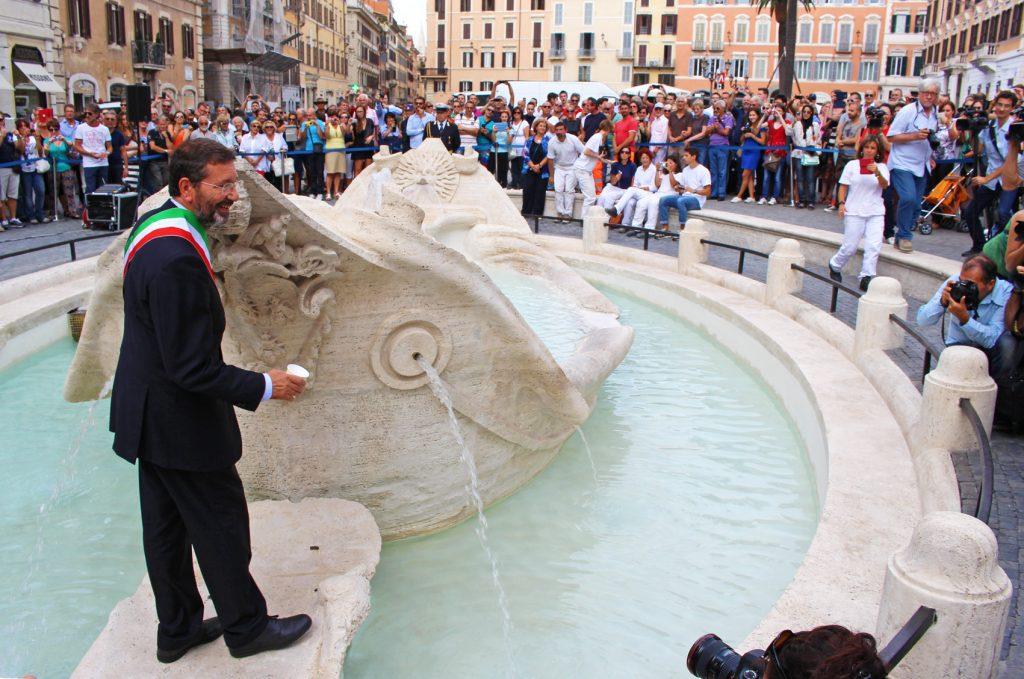 Piazza_Spagna_inaugurazione